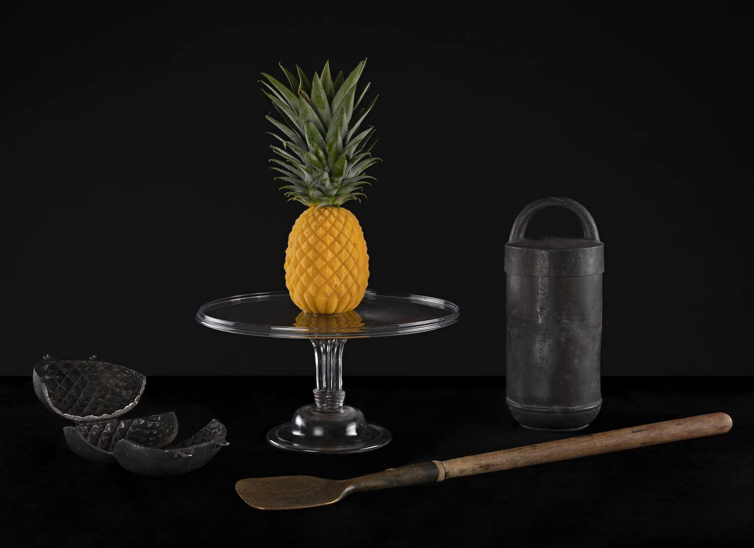 The pineapple is an essential motif of the exhibition.